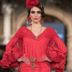Desfile Viviana Iorio en We love flamenco 2018